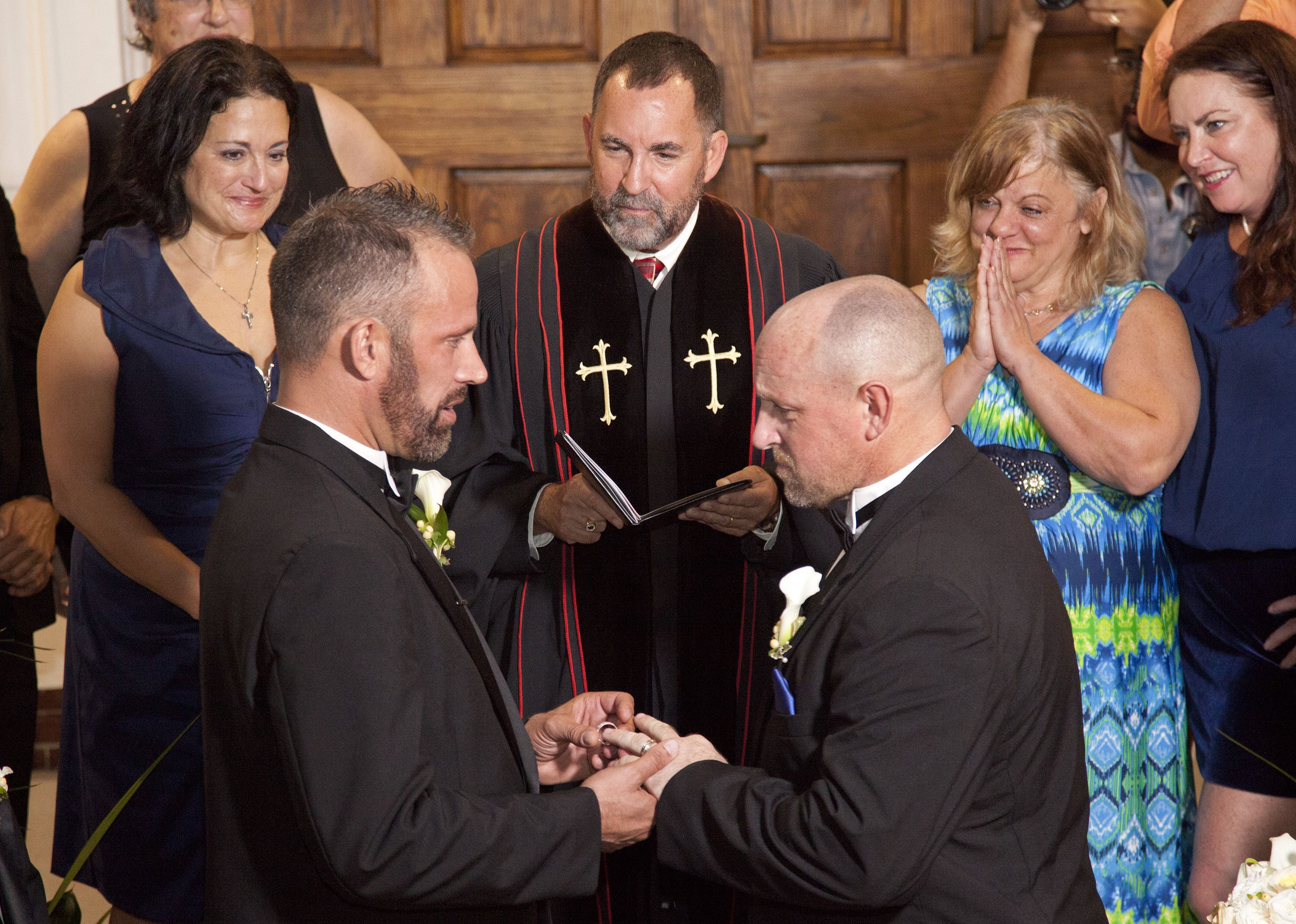 Same-Sex Couples Wed In Florida As Gay Marriage Ban Ends -3377