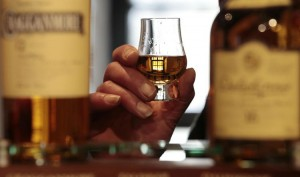 677993-to-match-feature-food-whiskychina