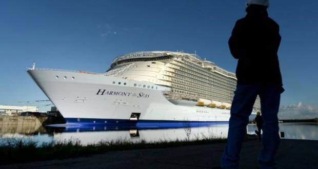"""Le """"Harmony of the Seas"""",navire de croisières construit à Saint-Nazaire est pratiquement terminé, le 18 février 2016. (Photo : AFP)"""