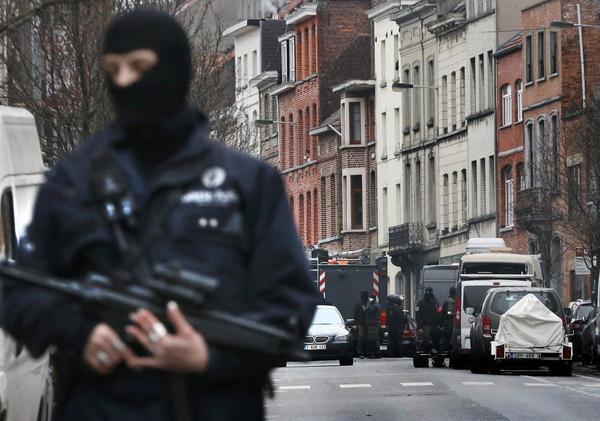 A Molenbeek, où l'opération de la police est en cours.