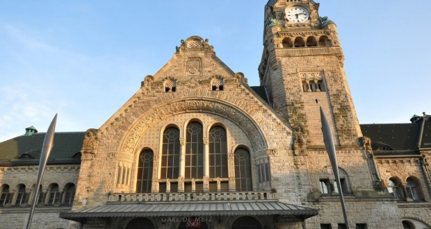 Panique en gare de Metz, ce mardi après-midi, après la découverte d'un bagage abandonné. (Photo Google Streetview)