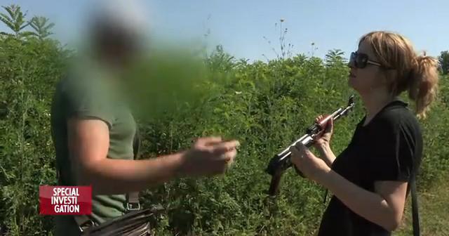 Vanina Kanban a infiltré le réseau des trafiquants de kalachnikov. (capture vidéo Canal +)