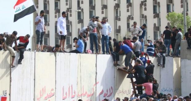 Les manifestants antigouvernementaux se retirent de la zone verte — Irak