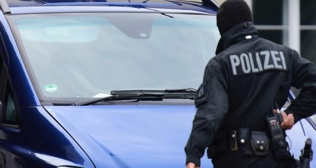 allemagne des coups de feu issus d 39 une voiture immatricul e au luxembourg. Black Bedroom Furniture Sets. Home Design Ideas