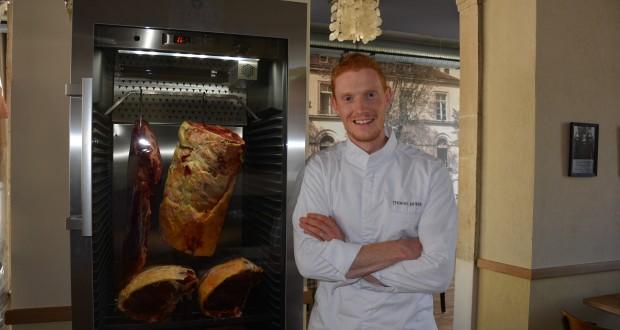 Avec Thomas Murer en cuisine, le nouveau restaurant Aal Schoul ne désemplit pas depuis son ouverture en mai dernier, à Hobscheid. (photo Sy.A.)