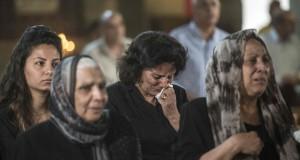 Des prélèvements ADN ont été effectués sur les proches des victimes du vol Paris-Le Caire d'EgyptAir. (Photo AFP)