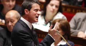 """""""Il n'y aura ni retrait du texte, ni remise en cause de l'article 2"""", a prévenu Manuel Valls. (Photo AFP)"""