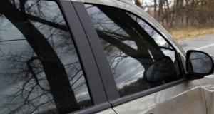 Le surteintage ne permet pas de détecter l'usage d'un téléphone au volant ou un défaut de port de la ceinture, par exemple. (illustration AFP)