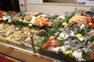 La Lorraine, c'est une brasserie à la parisienne, avec ses fruits de mer mis en évidence et sa marée du jour, mais à Luxembourg. (Photo Philippe Jentgen)