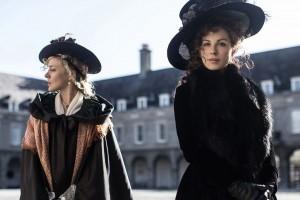 Chloë Sevigny et Kate Beckinsale brillent dans ce Love & Friendship. (Photo DR)