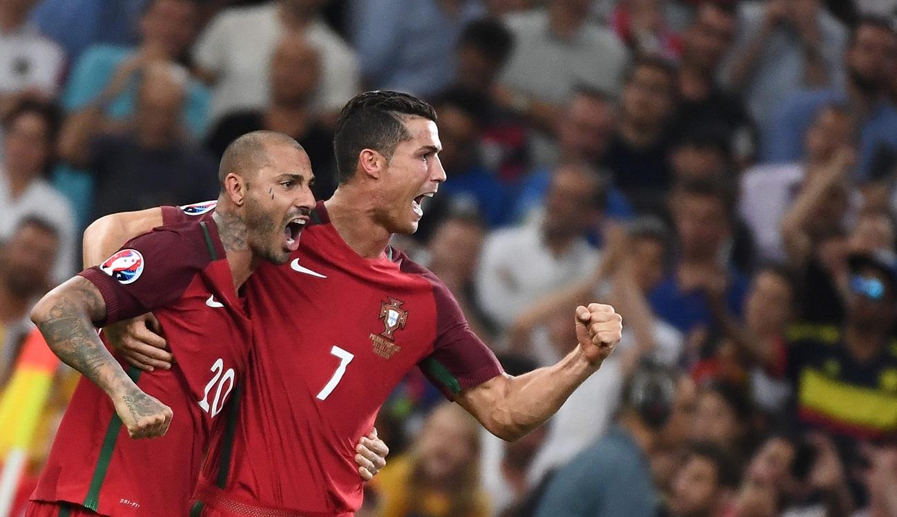 Ronaldo, aux côtés de Quaresma, exulte sans pour autant avoir brillé dans ce match. (Photo AFP)