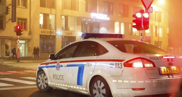 luxembourg il percute une voiture de police avant de prendre la fuite. Black Bedroom Furniture Sets. Home Design Ideas