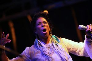 Shakura S'Aida : la Canadienne a un vrai talent pour chanter le blues. (photo Didier Sylvestre)