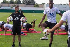 Alors qu'il a effectué toute la préparation de pré-saison avec le groupe pro, Chris Martins sera-t-il sur le terrain face au Benfica ? Réponse dimanche. (Illustration : DR)