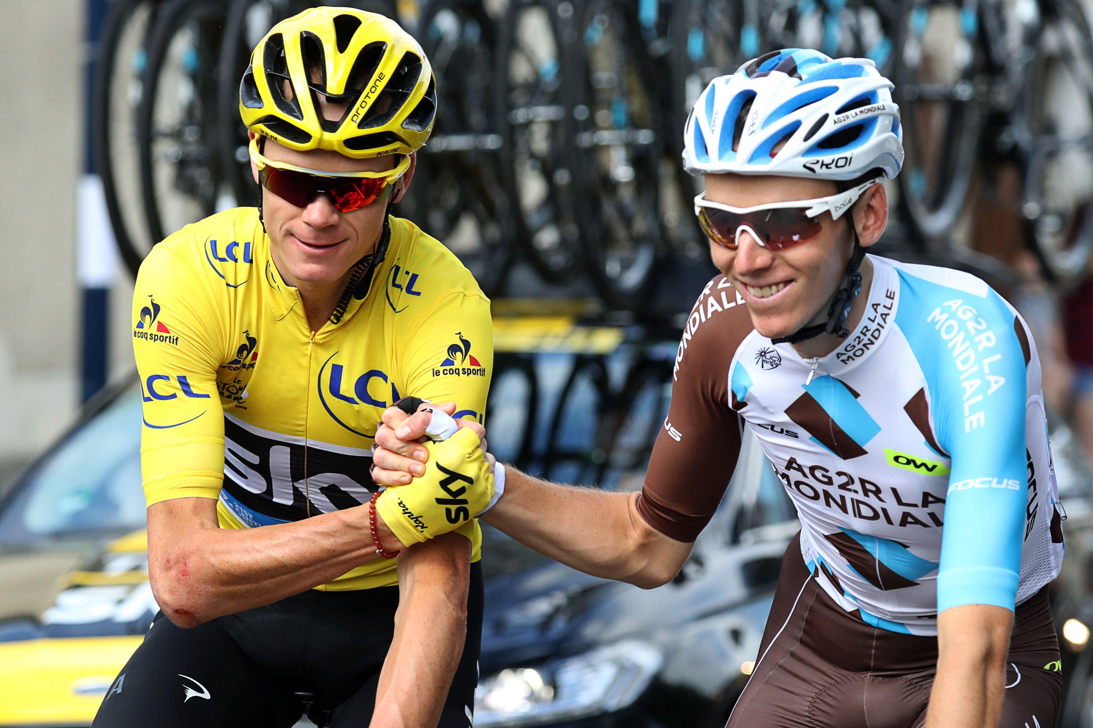 Lors de la dernière étape : Chris Froome et Romain Bardet, premier et deuxième de cette édition 2016. (phhoto AFP)