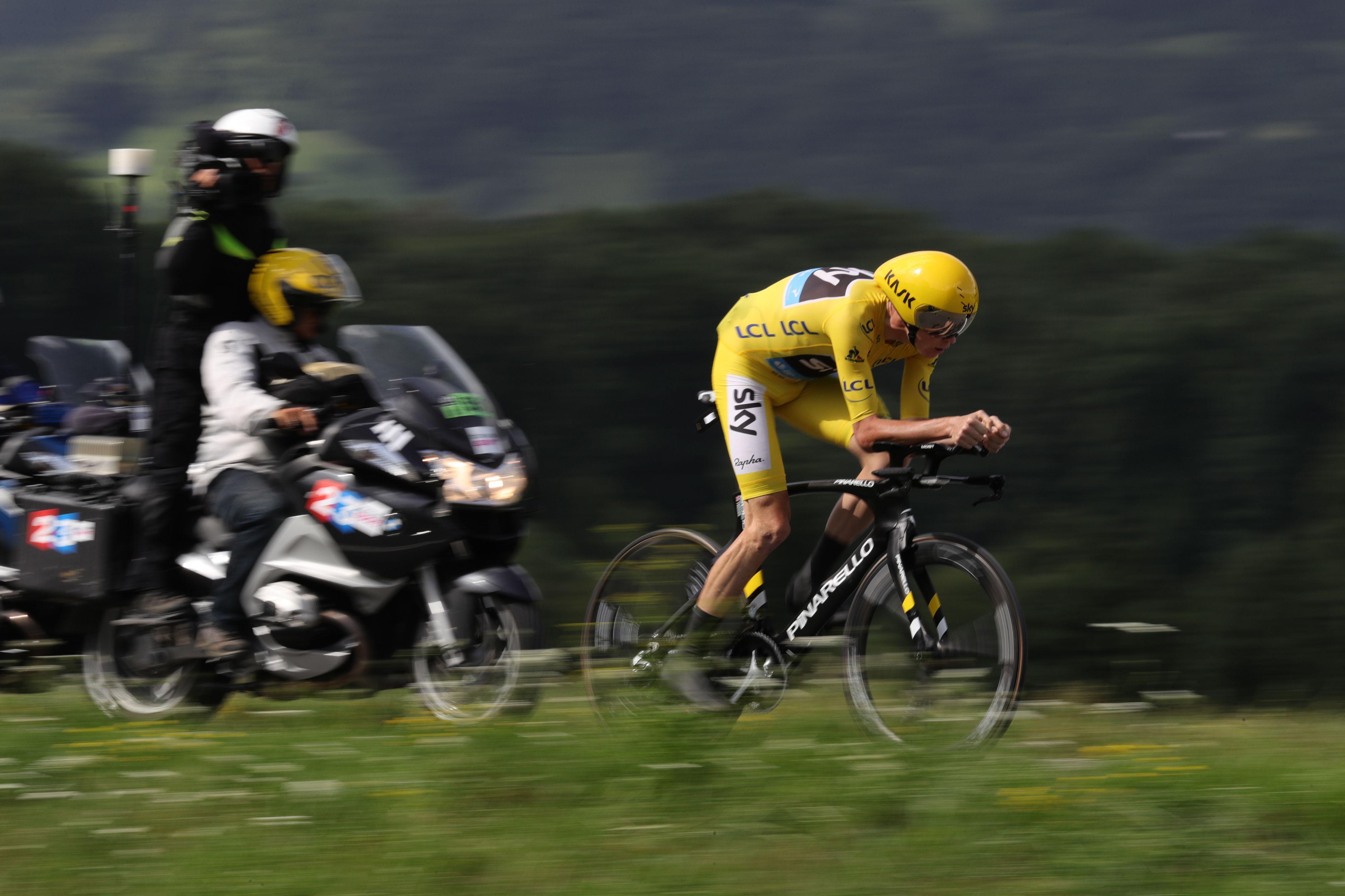 Chris Froome a dominé le contre-la-montre entre Sallanches et Megève. (photo AFP)
