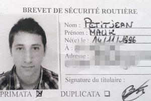 """Abdel Malik Petitjean, Savoyard de 19 ans né dans les Vosges, a été """"formellement identifié"""" grâce à des prélèvements ADN sur sa mère. (photo AFP)"""