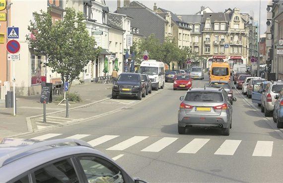 À côté de la suppression de 20 places de parking, le projet de réaménagement de la rue de la Gare à Bettembourg prévoit l'instauration d'un tronçon où la vitesse maximale autorisée sera fixée à 30 km/h. (Illustration : Editpress)