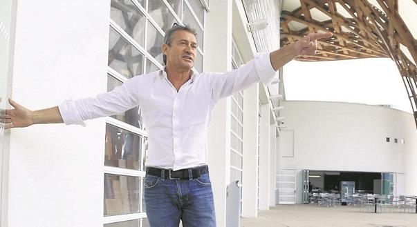 Eric Maire Ouvre Le Restaurant La Voile Blanche Au Centre Pompidou