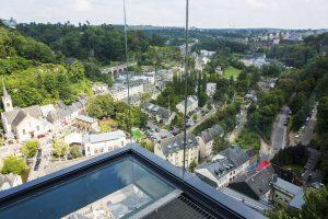 L'ascenseur reliant le Pfaffenthal à la Ville-Haute connaît un immense succès depuis sa mise en service. (Photo Tania Feller)