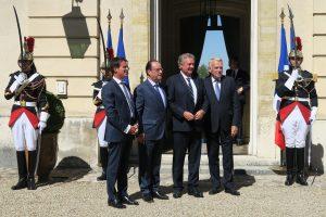 Jean Asselborn, entouré jeudi à Paris par le président français, François Hollande, son Premier ministre, Manuel Valls et le ministre français des Affaires étrangères, Jean-Marc Ayrault. (Photo MAEE)