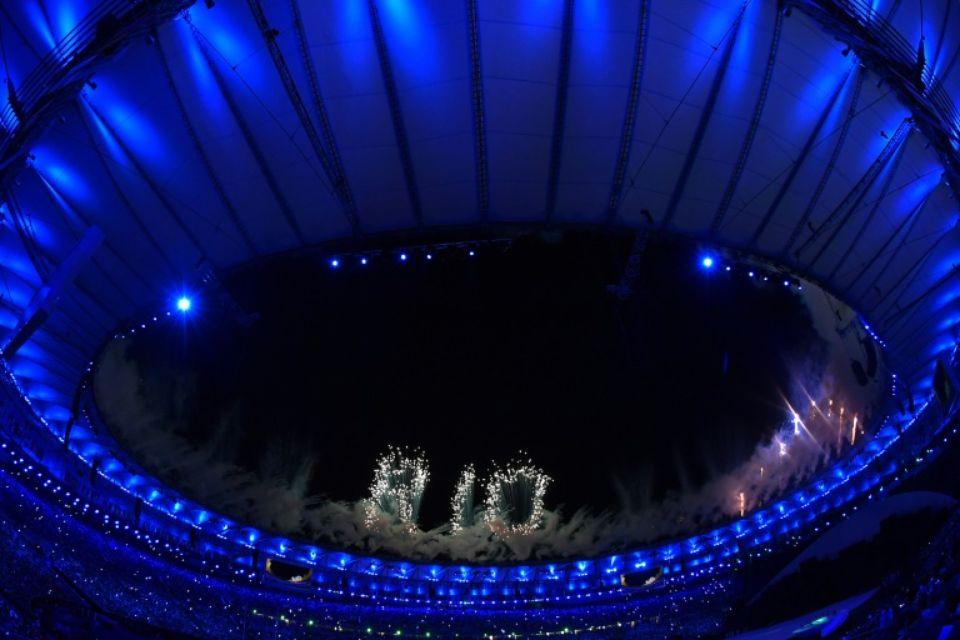 Feu d'artifice lors de la cérémonie d'ouverture des JO de Rio, le 5 août 2016. (Photo : AFP)