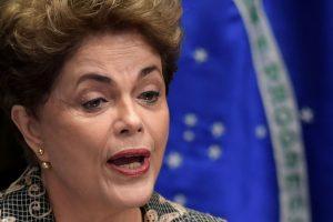 Si Dilma Rousseff est écartée du pouvoir, elle ne pourra plus occuper de fonctions publiques pendant huit ans. (Photo AFP)