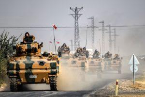 Chars de l'armée turque à la frontière syrienne. (photo AFP)