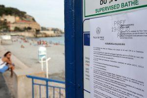 Malgré la décision du Conseil d'État, plusieurs villes, dont Nice, ont décidé de continuer à verbaliser tant que leur arrêté ne serait pas formellement invalidé par les juridictions administratives. (Photo AFP)