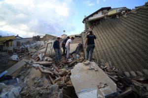 Les dégâts sont considérables et le bilan humain risque de s'alourdir. (Photo AFP)