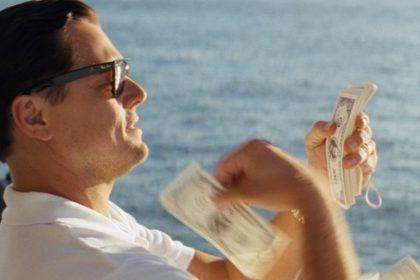 L'argent aurait notamment servi à financer la fondation humanitaire de l'acteur, mais aussi à financer le film Le Loup de WallStreet (2013), dans lequel Leonardo DiCaprio tenait le premier rôle, et qui dénonçait des excès de la finance.