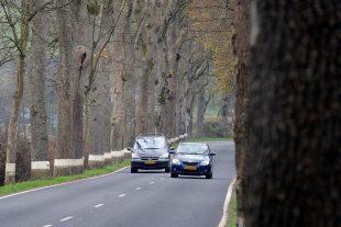 Sur la route, le danger peut venir de partout. Il faut donc redoubler de vigilance. (illustration Editpress/Hervé Montaigu)