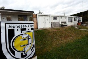 L'entente n'est visiblement pas au beau fixe entre la commune et le club de la Jeunesse Esch. (photo Isabella Finzi)