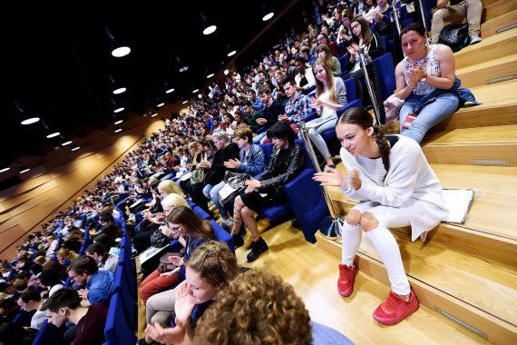 28 235 étudiants, dont 17 539 résidents, ont suivi un cursus lors de l'année académique écoulée, que ce soit au Luxembourg ou à l'étranger. (photo Isabella Finzi)
