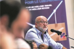 Le président de l'OGBL, André Roeltgen, a, une fois de plus, tapé du poing sur la table, afin de tenter de guérir une Europe qu'il juge «malade». (photo Isabella Finzi)