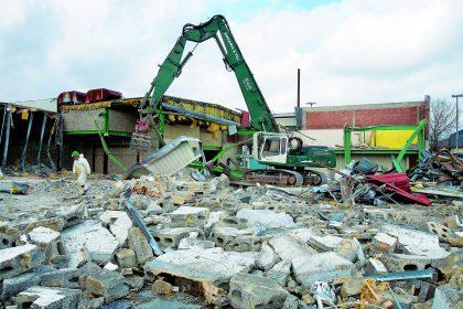 Depuis la démolition de 2008 du Cactus-Hobbi, le lieu-dit «Op der Haart» est en friche. (photo archives LQ)