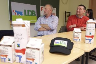 Les producteurs luxembourgeois veulent croire en une hausse du cours du lait. (photo Alain Rischard/Editpress)