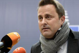 """""""On a besoin de la Russie pour trouver une solution commune. Ce qui me dérange, est qu'on n'agit pas ensemble"""", a dit Xavier Bettel à propos du dossier syrien, à son arrivée à Bruxelles. (Photos AFP/AP)"""