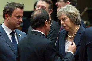 Xavier Bettel, François Hollande et Theresa May, ce jeudi 20 octobre à Bruxelles.(photo AFP)