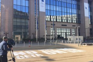 Le sommet européen va-t-il s'achever ce vendredi sur de la fumée blanche dans le dossier CETA? (photo David Marques)