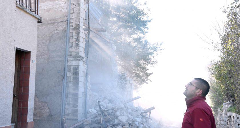 Un incendie volontaire embrase la