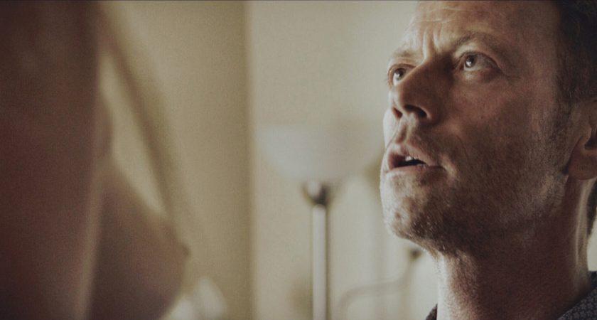 Dans le film, la vie de Rocco Siffredi est scrutée au plus près. (Photo Mars Films).