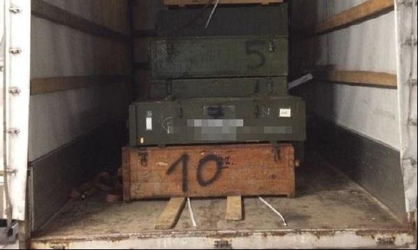 Le véhicule transportait près de 200 armes de guerre. (Photo : Police allemande)