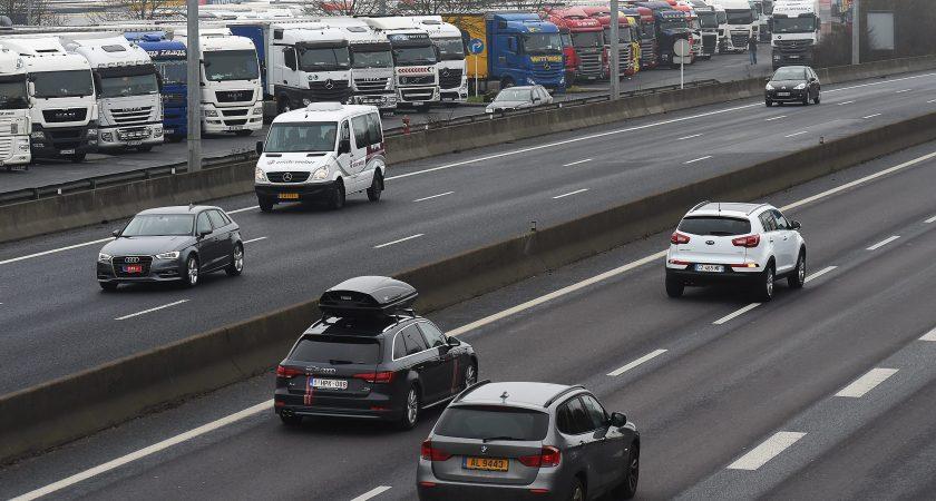 l 39 uber du covoiturage arrive au luxembourg. Black Bedroom Furniture Sets. Home Design Ideas