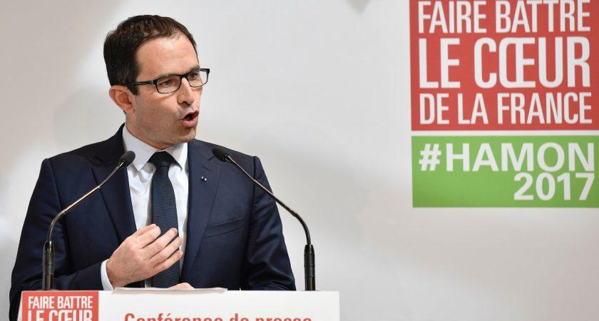 Présidentielle: Valls annonce qu'il votera Macron dès le 1er tour