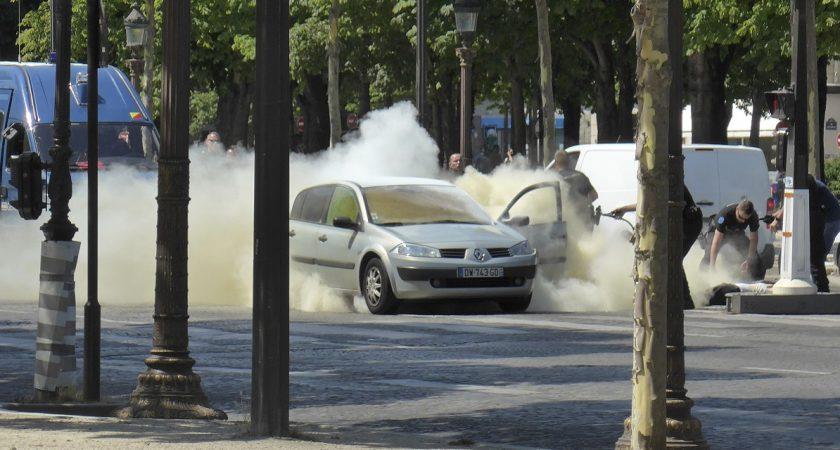 Adam Djaziri qui avait prêté allégeance à Daech a trouvé la mort le 19 juin en percutant au volant de sa voiture un fourgon de gendarmes sur les Champs-Élysées à Paris