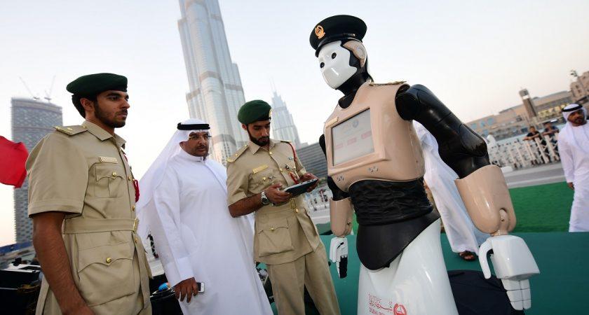 Dubaï accueille son premier robot policier