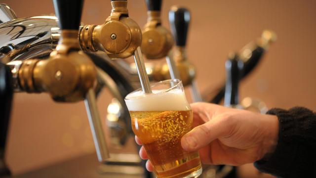 Vidéo. Quand FR3 préconisait de boire 1,5 L de bière par jour pendant la canicule