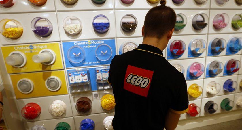 Lego va supprimer 8% de ses effectifs
