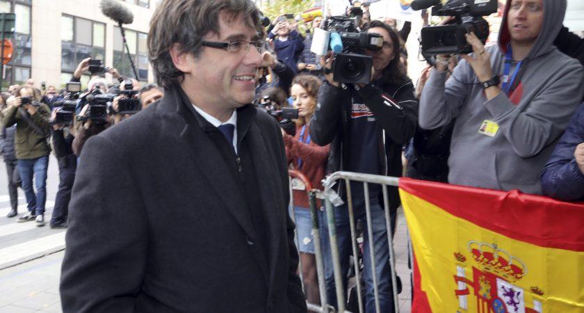 """Résultat de recherche d'images pour """"Espagne/ Catalogne : les indépendantistes font campagne sans leur leader"""""""
